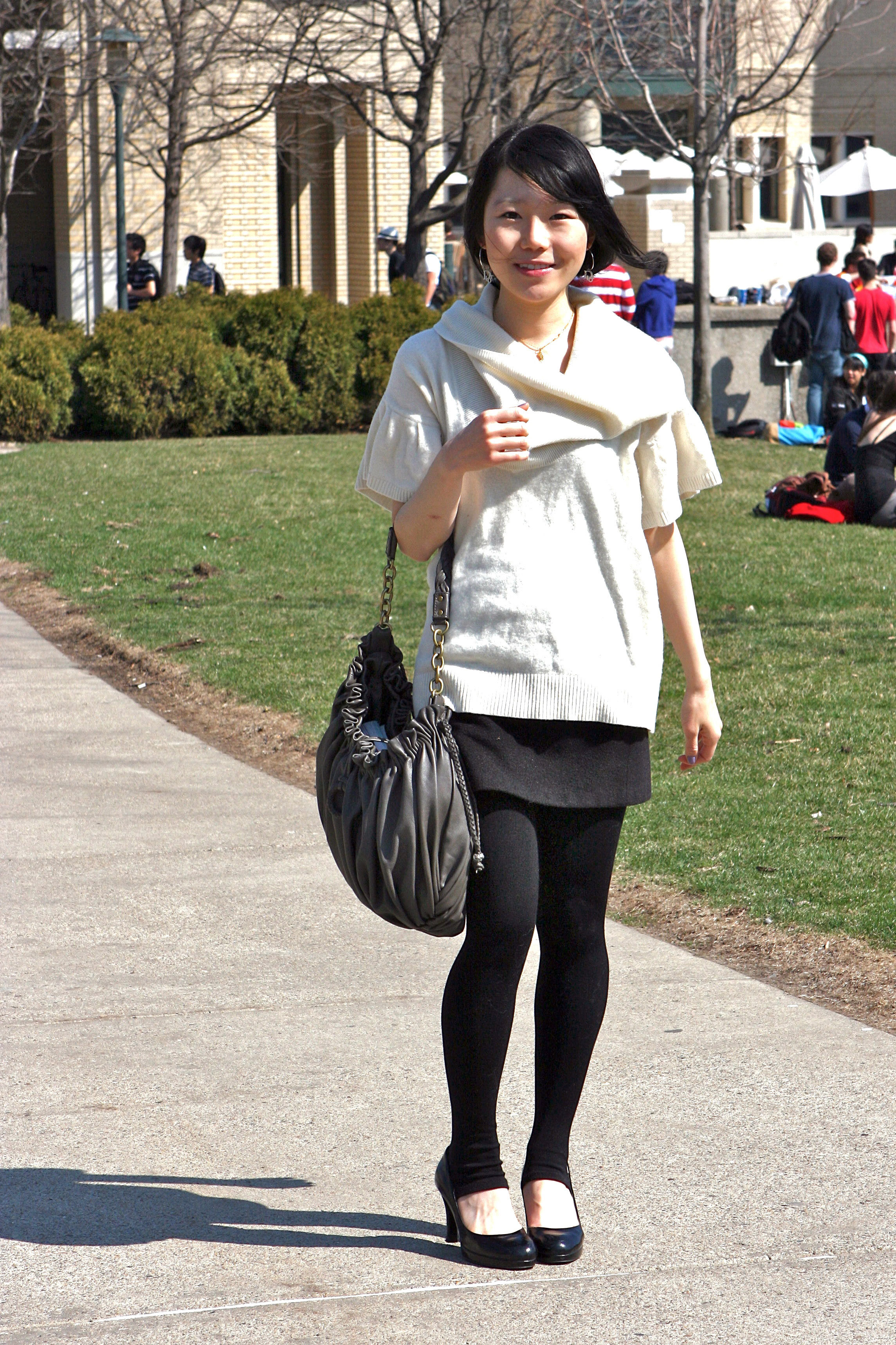 Kwak heralds the arrival of spring with a light and slimming outfit. (credit: Courtesy of Eddie Wong)