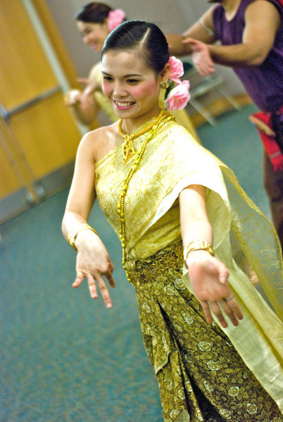 A professional dancer performs a traditional Thai dance. This beautiful performance was enjoyed by everyone (credit: Courtesy of Rachata Ausavarungnirun)