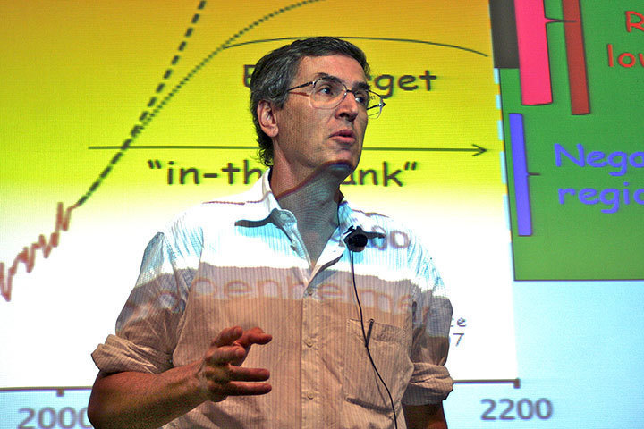 Last week, Douglas Boucher of the Union of Concerned Scientists lectured at the University lecture series. Boucher, pictured above,introduced ways in which we can help protect the environment and how the G20 can serve that purpose.