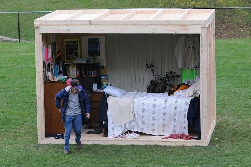 Carnegie Mellon EHS sets mock dorm room on fire - The Tartan