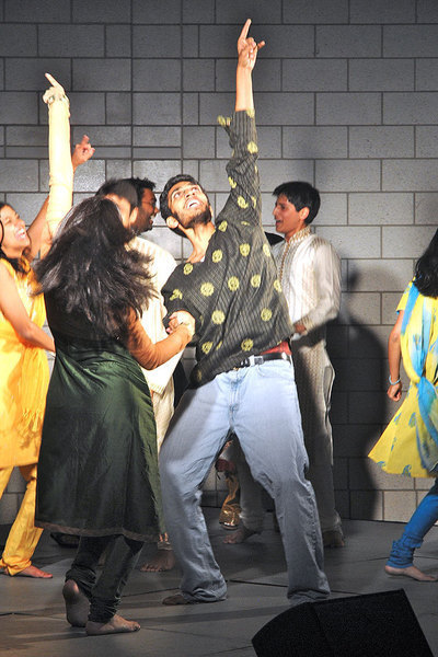 """MayurSASA board dances at the Diwali Eid. The event was a celebration for the """"Festival of Lights."""" (credit: Kristen Severson/Photo Editor)"""