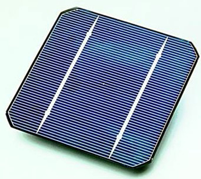 Eco-friendly solar cells convert light energy to electrical energy. (credit: Wikipedia Commons)
