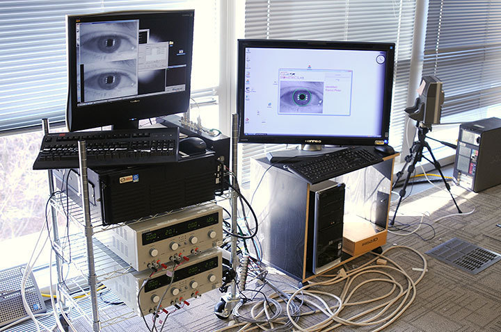 The Biometrics Lab works to create an iris fingerprint — a way to visually prove why an iris is a correct match to an image. (credit: Thomas Hofman/Photo Staff)