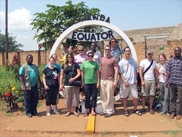 Amizade's 2009 Tanzania team visits the Ugandan border. This year, students will no longer travel through Uganda due to Amizade's current boycott — a response to Ugandan anti-homosexual legislation. (credit: Courtesy of Brandon Cohen )
