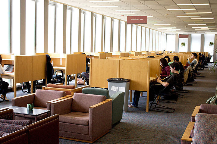 The third floor of Hunt Library provides a quiet study environment that works to some students' advantage but proves to be too quiet for others.  (credit: Travis Wolfe | Photo Staff)