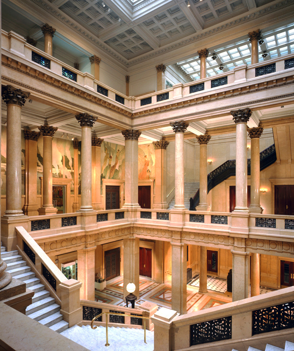 The Arts Pass program grants students access to museums. (credit: Courtesy of  Carnegie Museum of Art)