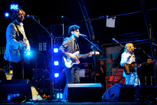 "Noah and the Whale plays at Somerset House on July 10, 2010. The group's new album leaves some listeners disappointed with its ""ordinary"" sound. (credit: Courtesy of aurelien on flickr)"
