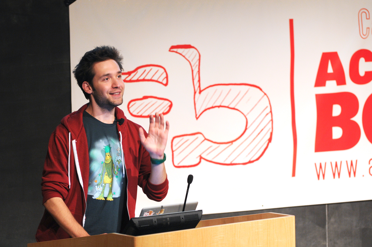 Reddit co-founder Alexis Ohanian speaks to students about his success story. (credit: Thomas Hofman/Photo Editor)