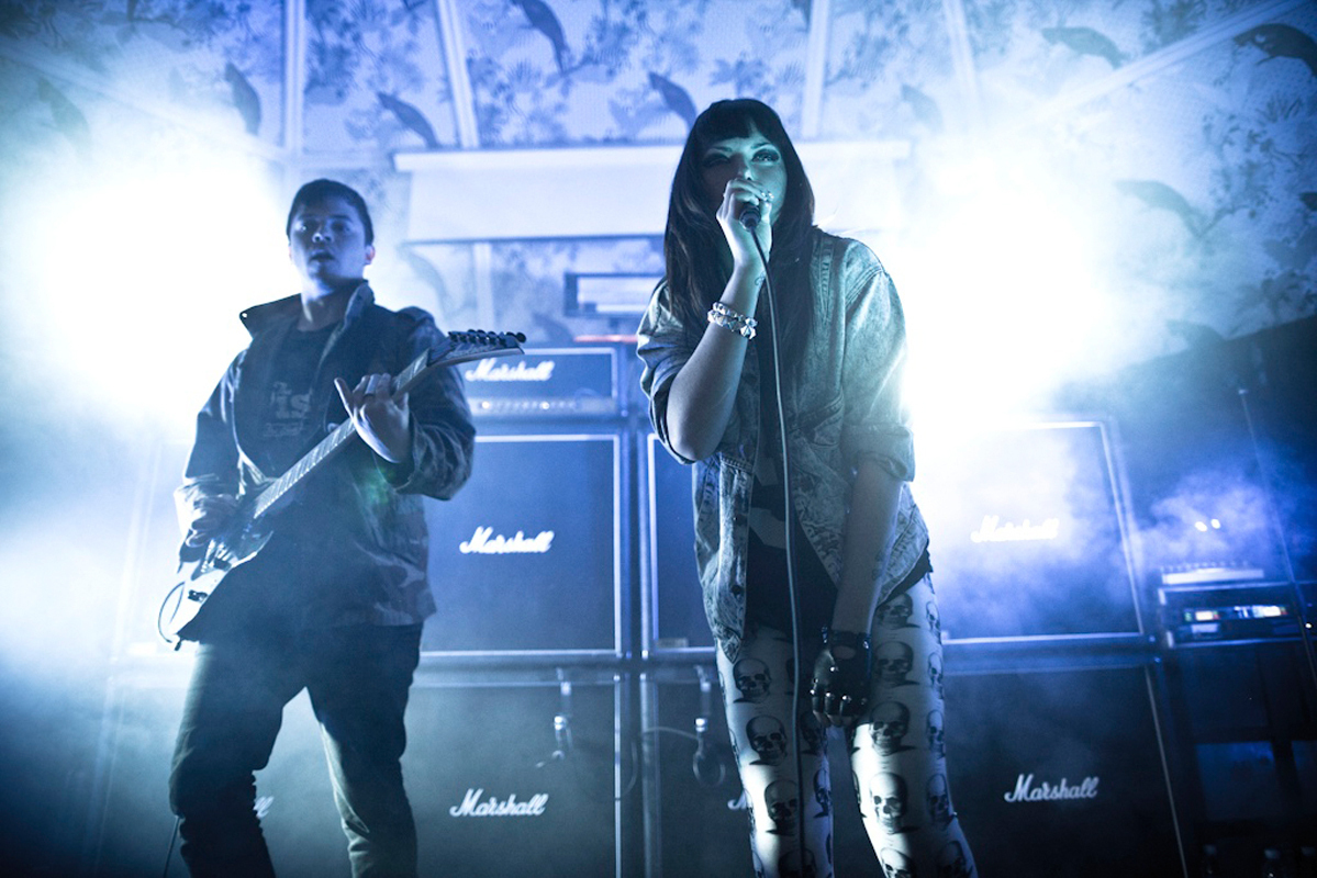 Derek Miller and Alexis Krauss, better known as the band Sleigh Bells, performing at The Deaf Institute in January 2011. (credit: Courtesy of blikeng via Flickr)