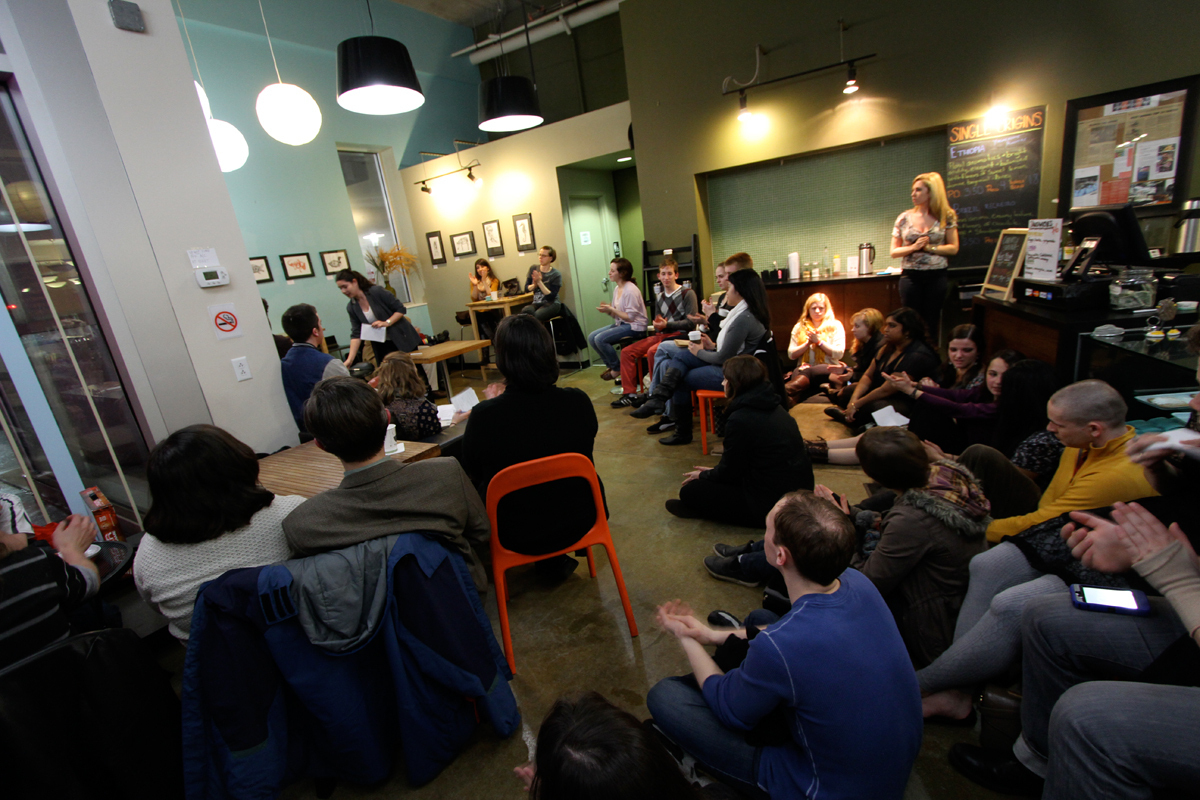 A poetry reading at Voluto Coffee, hosted by Carnegie Mellon professor Terrance Hayes, allowed volunteers to take the stage and participate in the event. (credit: Jonathan Carreon/Photo Editor)