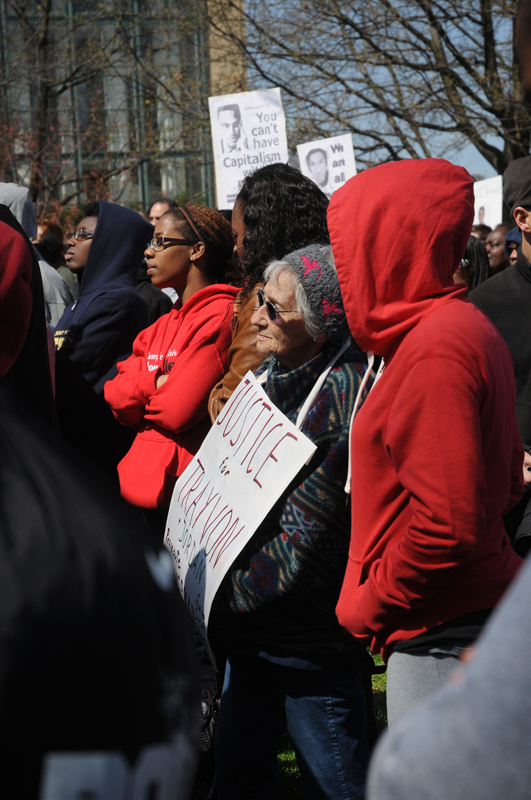 Hundreds of Pittsburghers and local students surrounded the Fence on Monday at a rally seeking justice for slain 17-year-old Trayvon Martin. (credit: Nicole Hamilton/Comics Editor)