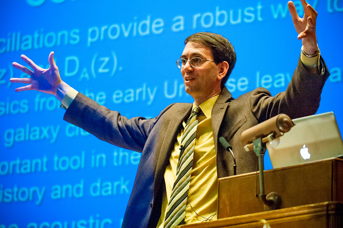Harvard University professor Daniel Eisenstein recently spoke in the Mellon Institute about dark energy and cosmic sound. (credit: Patrick Gage Kelley/Senior photographer)
