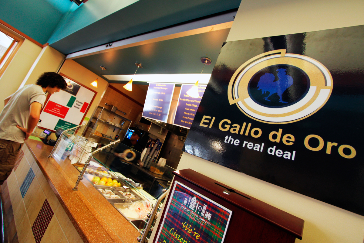 Housing and Dining has replaced Sí Señor with El Gallo de Oro, a restaurant operated by the same vendor, but with a different staff and menu. (credit: Jonathan Carreon/Photo Editor)