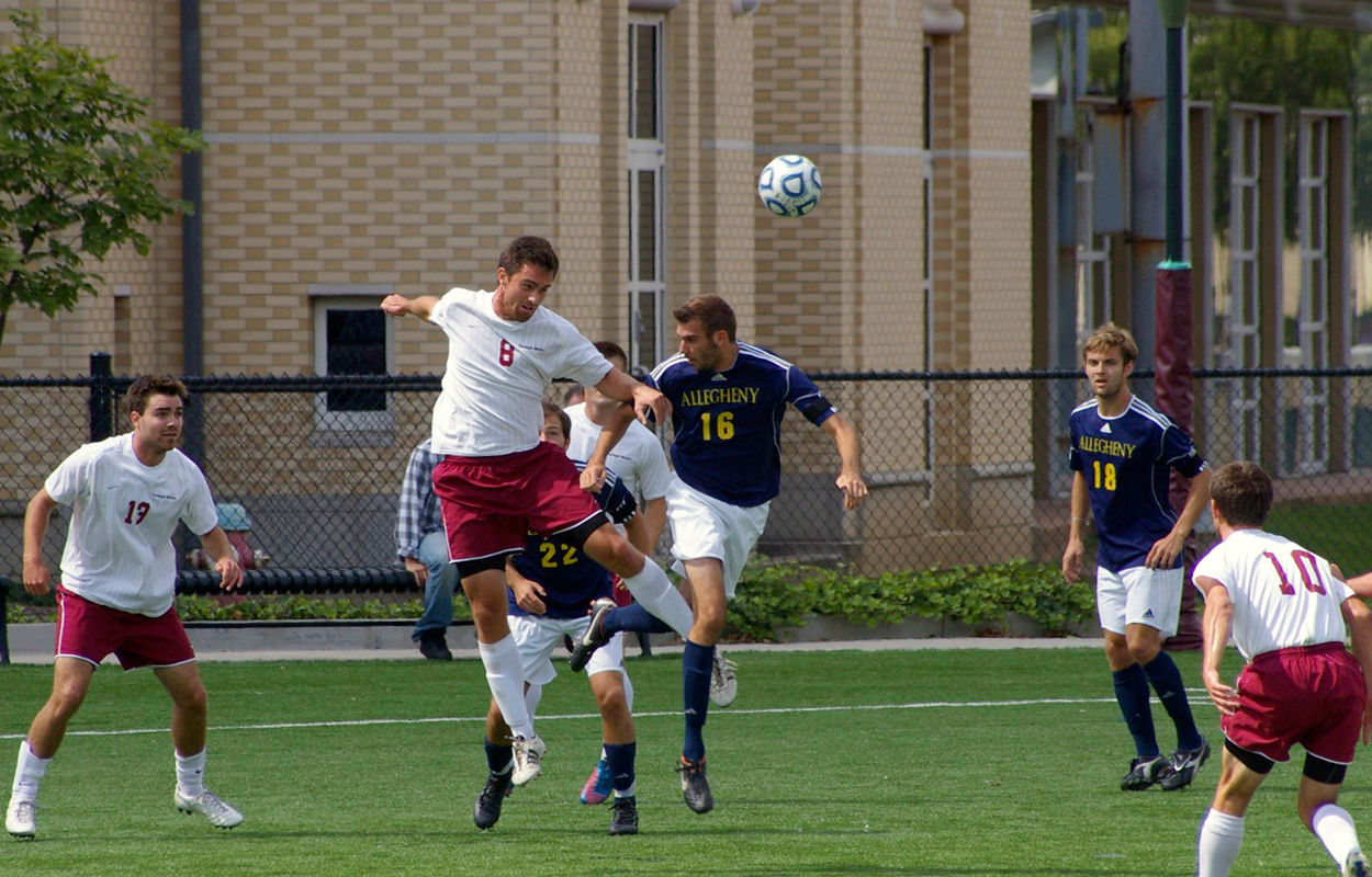 Senior forward Alex Abedian (No. 8) has scored twice this season, leading the Tartans to a 4–1 start. (credit: Greg Hanneman/Staff Photographer)