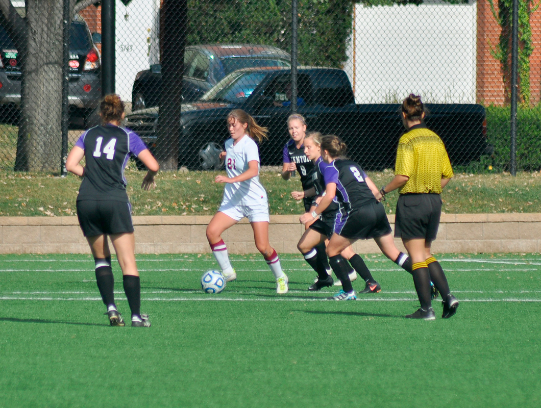 Sophomore forward Savina Reid (No. 21) scored the third and final goal of the game at the end of the second half, heading in a corner by sophomore forward Courtney Brant. (credit: Alan Vangpat/Senior Photographer)