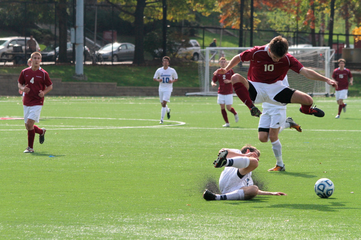 Men S Soccer Suffers First Loss The Tartan
