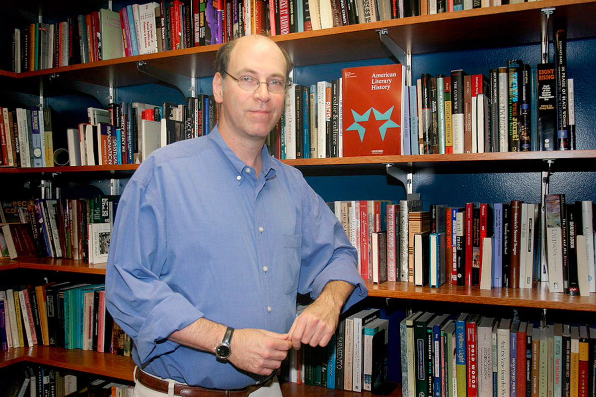 Gordon Hutner, a professor of American literature at the University of Illinois at Urbana-Champaign, gave a lecture at Carnegie Mellon last Thursday.  (credit: Courtesy of the University of Illinois at Urbana-Champaign)