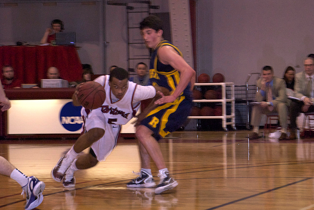 Junior guard Rashaun Riley (No. 5) scored 11 points against the College of Wooster. (credit: File Photo)