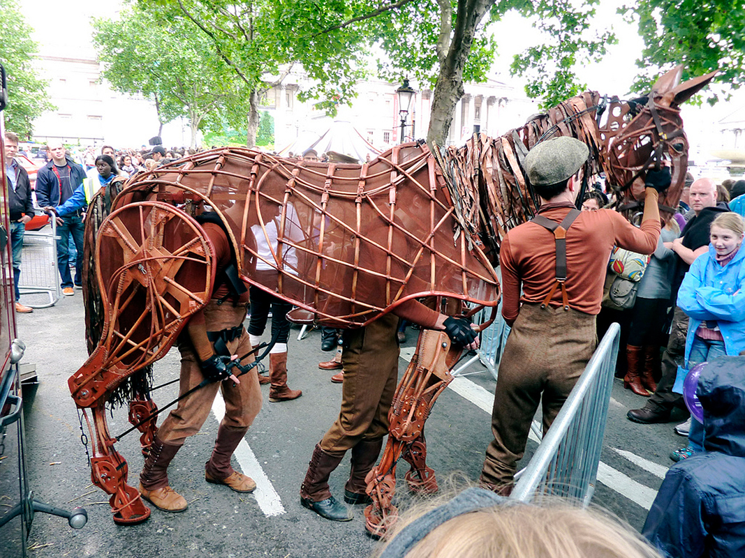 War Horse relies heavily on puppets to portray the animals in the story. Puppets such as the one pictured above, designed by Handspring Puppet Company, are unexpectedly expressive and lifelike and contribute to the stunning visuals of the production.  (credit: Courtesy of LindaH via Flickr)