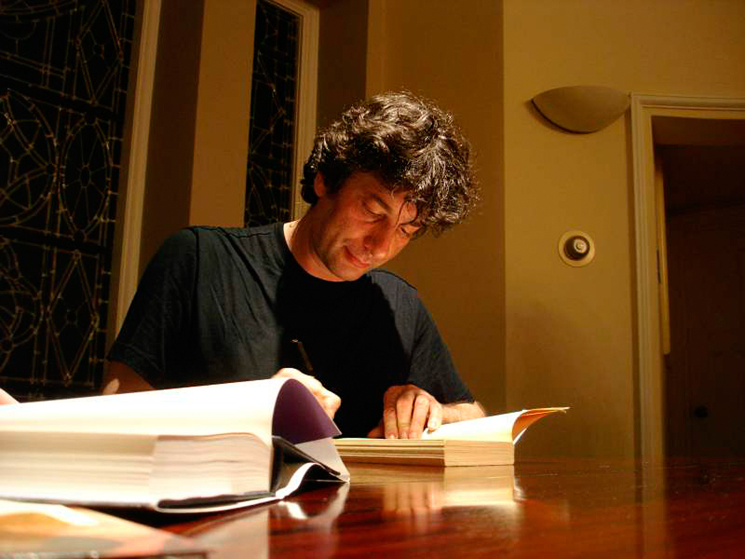 Nail Gaiman is the author of acclaimed fantasy novel _Stardust_ and two episodes of _Doctor Who_. The British writer made a special appearance at the Carnegie Music Hall in Oakland on Wednesday to the excitement of local fans. (credit: Courtesy of Jutta via Flickr)