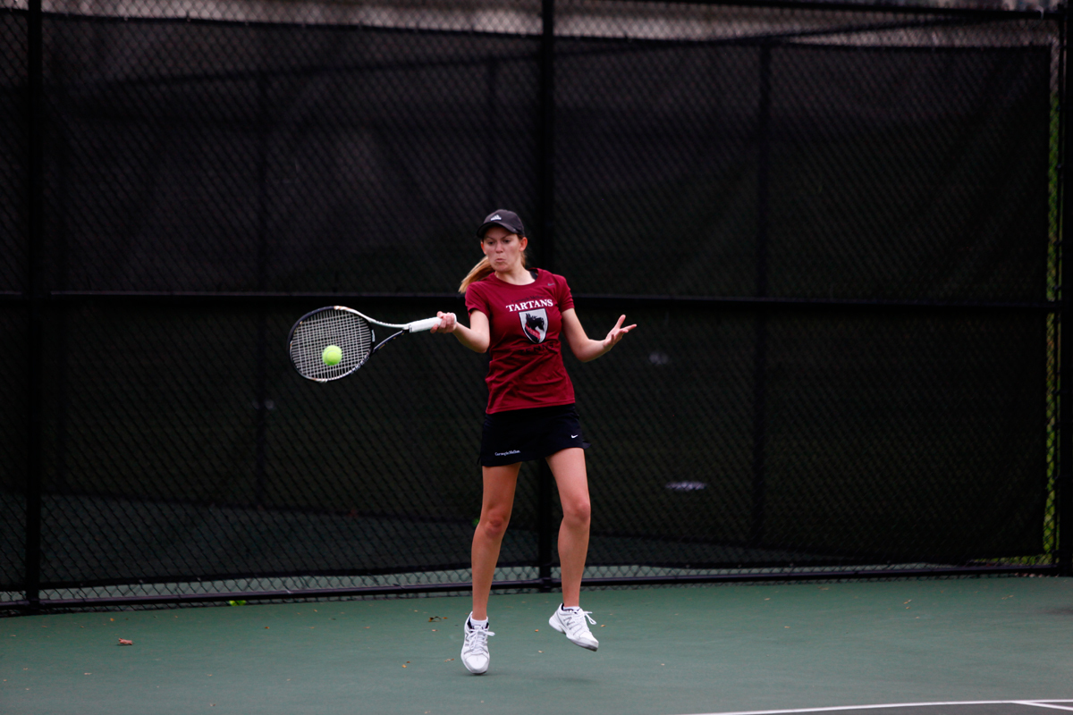 Women's tennis fell to both Johns Hopkins University and Washington and Lee University this past weekend. (credit: Jonathan Leung/Assistant Photo Editor)