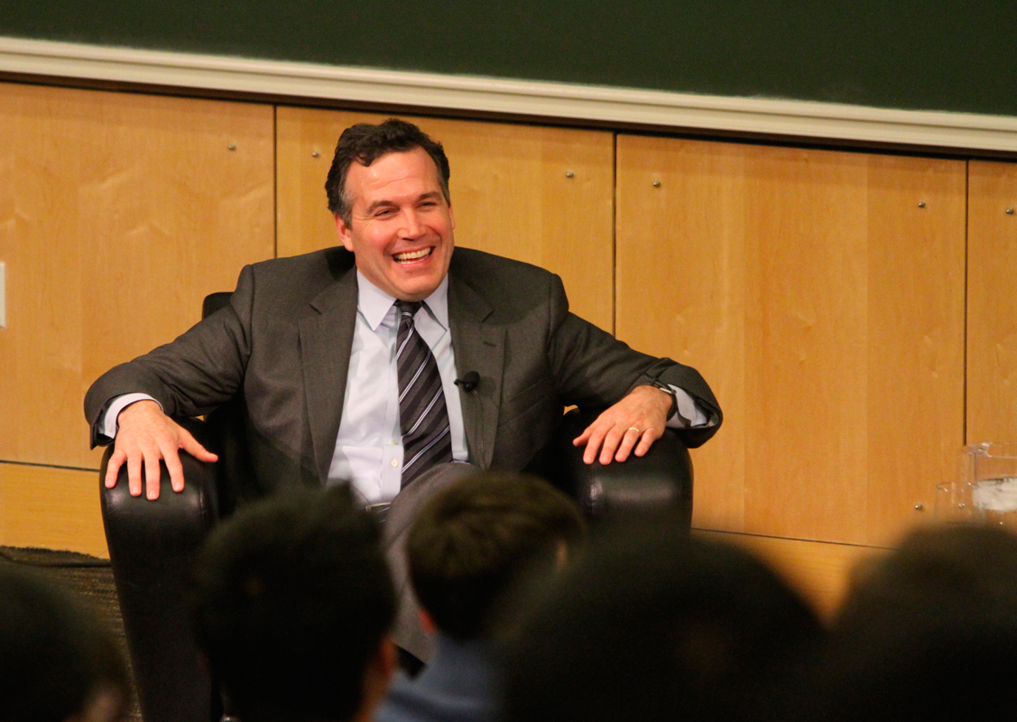 Former under secretary of the Treasury and current co-president of Bridgewater Associates David McCormick hosted a conversation with students. (credit: Jonathan Carreon/Contributing Editor)