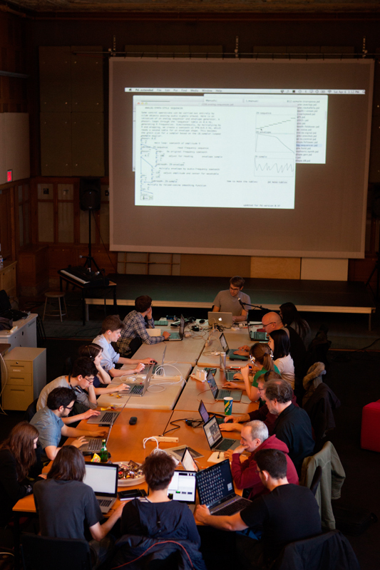 Artist and engineer Dan Wilcox hosts a workshop in the STUDIO for Creative Inquiry on using graphical programming to make sound. (credit: Jonathan Leung/Assistant Photo Editor)