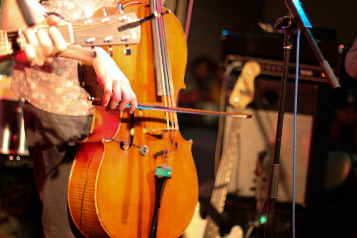 Hey Marseilles uses a variety of instruments, including guitar, bass, viola, cello, keyboard, accordion, and trumpet. (credit: Courtesy of Chris Skaggs)