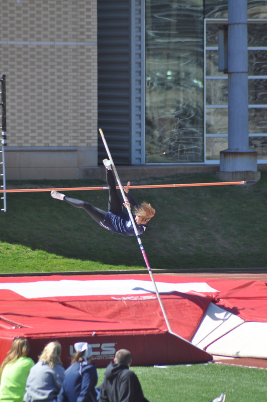 Both men's and women's teams performed well in the track and field events in the UAA Championships at New York University last weekend. (credit: Alan Vangpat/Layout Staff)