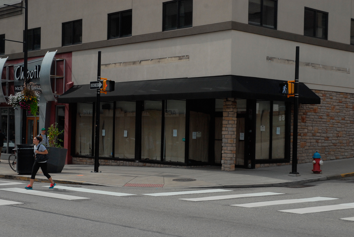 Caribou Coffee closed down the last of its Pittsburgh locations last Sunday.  (credit: Greg Hanneman/Senior Staffwriter)