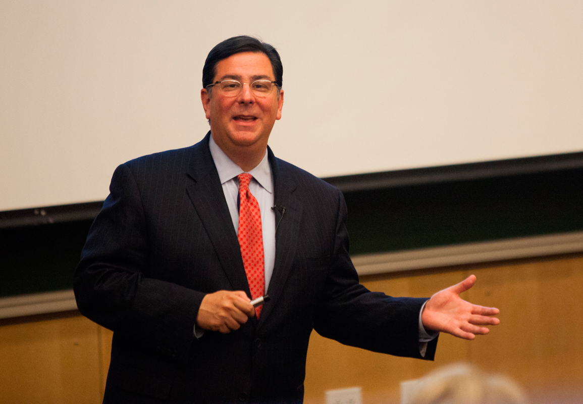Mayoral candidate Bill Peduto spoke about revitalizing Pittsburgh. (credit: Jonathan Leung/Assistant Photo Editor)