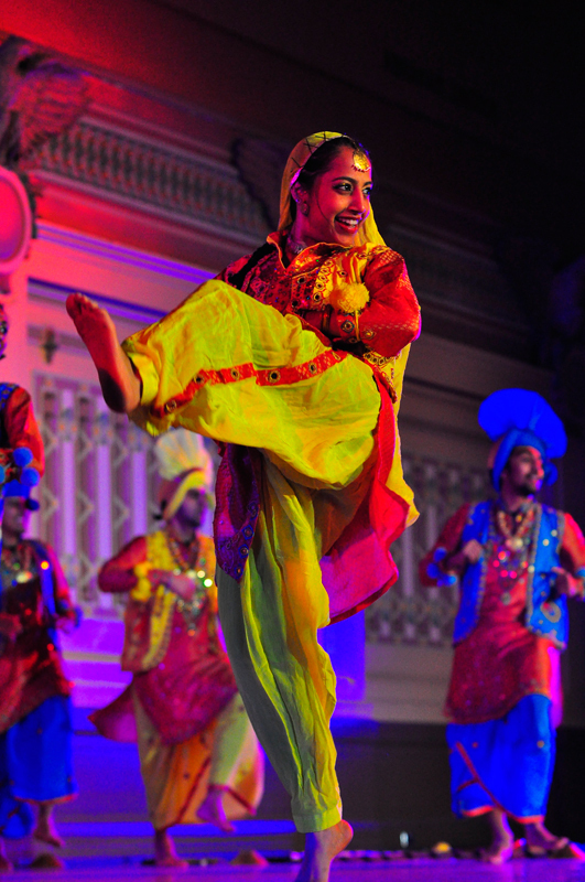 Columbia Bhangra opened the competition with a modernized take on traditional styles. (credit: Jason  Chen/)