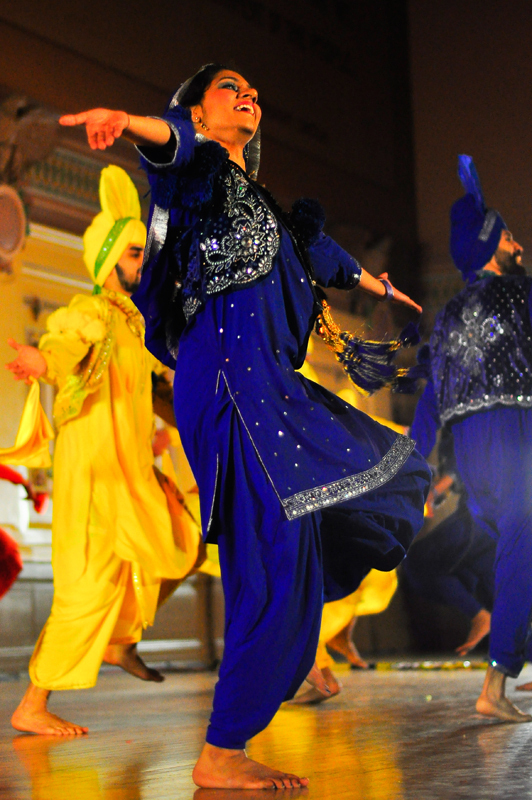 VCU Bhangra put on a balanced performance. (credit: Jason  Chen/)