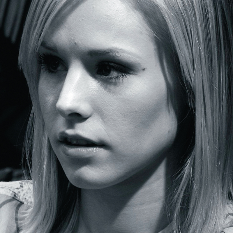 Fans will love Veronica Mars's (portrayed by Kristen Bell) reappearance onscreen in this film. (credit: Courtesy of jmm via Flickr)