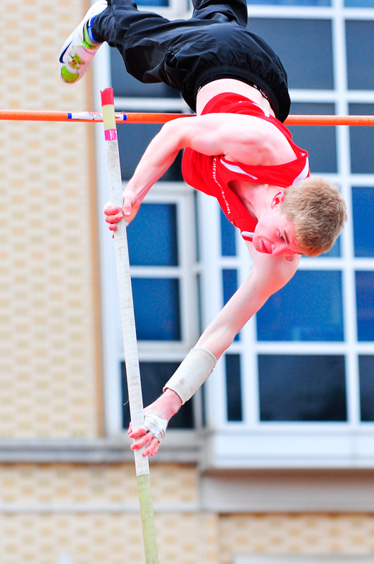 First-year Kyle Weaver set a pole vaulting record this weekend at the Mini Invitation. (credit: Jonathan Leung/Photo Editor)