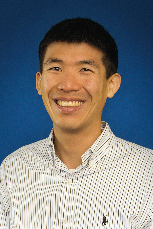 Byron Yu is an assistant professor of electrical and computer engineering and biomedical engineering and a member of the Center for the Neural Basis of Cognition. (credit: Byron Yu)