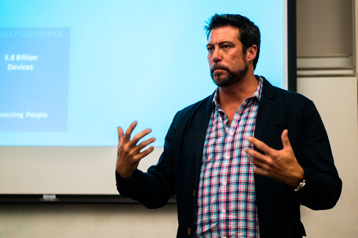 Entrepreneur Chad Jones presented a human-computer interaction seminar last Wednesday about the Internet of Things. (credit: Abhinav Gautam/)