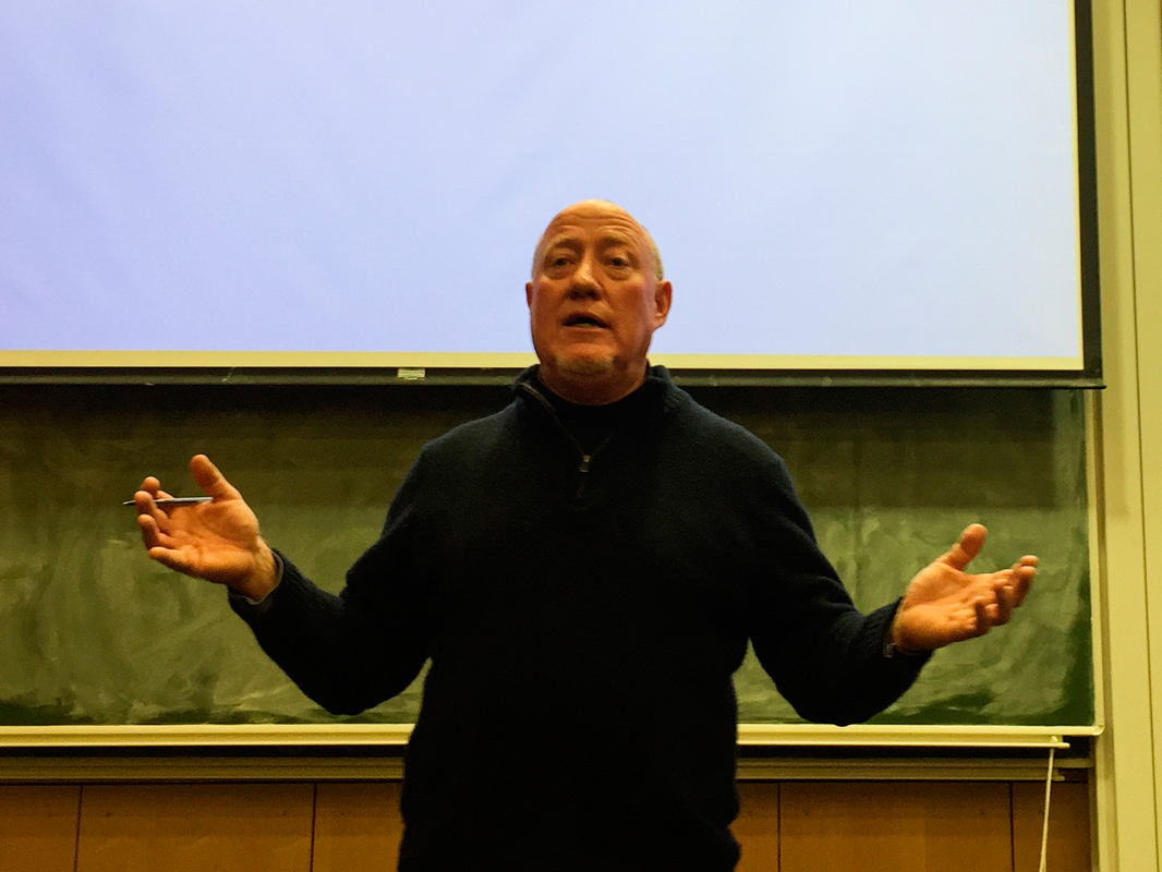 Bill Moushey, a former journalist for the Pittsburgh Post-Gazette, spoke at Carnegie Mellon last Monday about the Innocence Insitute, an organization dedicated to freeing those wrongfully convicted. (credit: Abhishek  Tayal /)