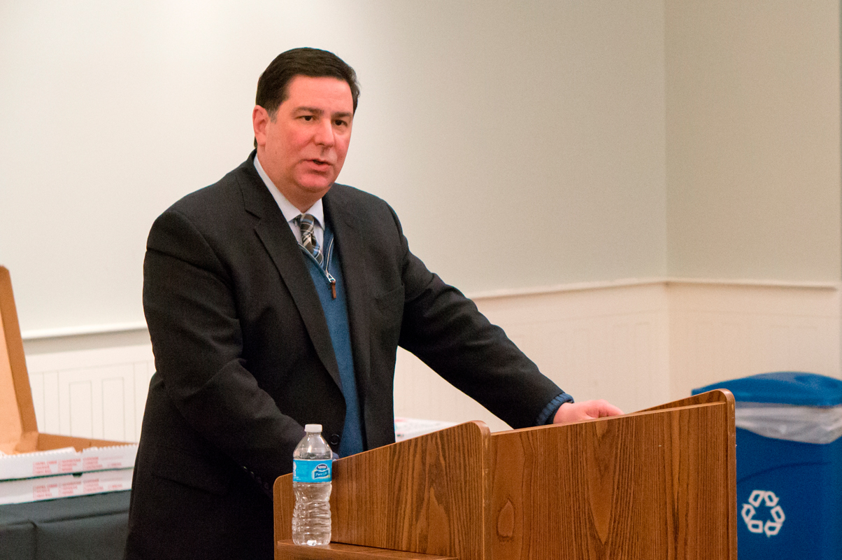 Mayor Bill Peduto spoke about revitalizing Pittsburgh on Tuesday at Carnegie Mellon.