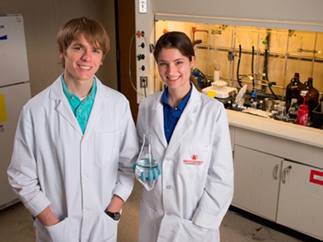 Joshua Kubiak (left) and Jillian Jaycox (right) received Goldwater Scholarships to study in their respective fields. (credit: Joshua Kubiak)