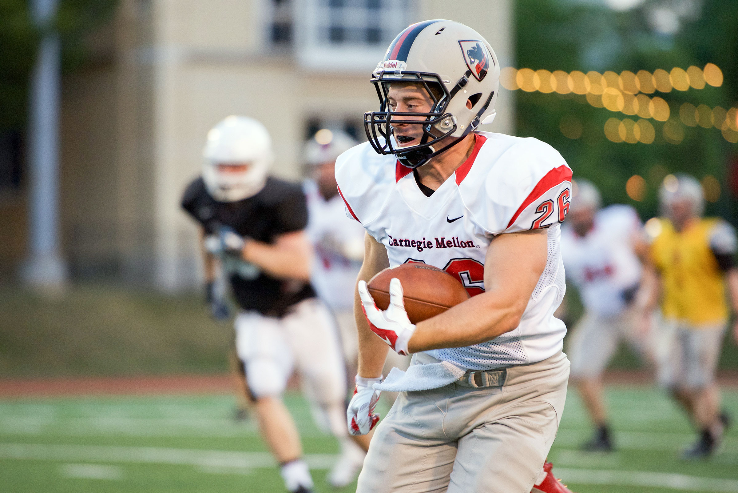 Junior running back Mike Minjock carries the ball. (credit: Staff Photographer)