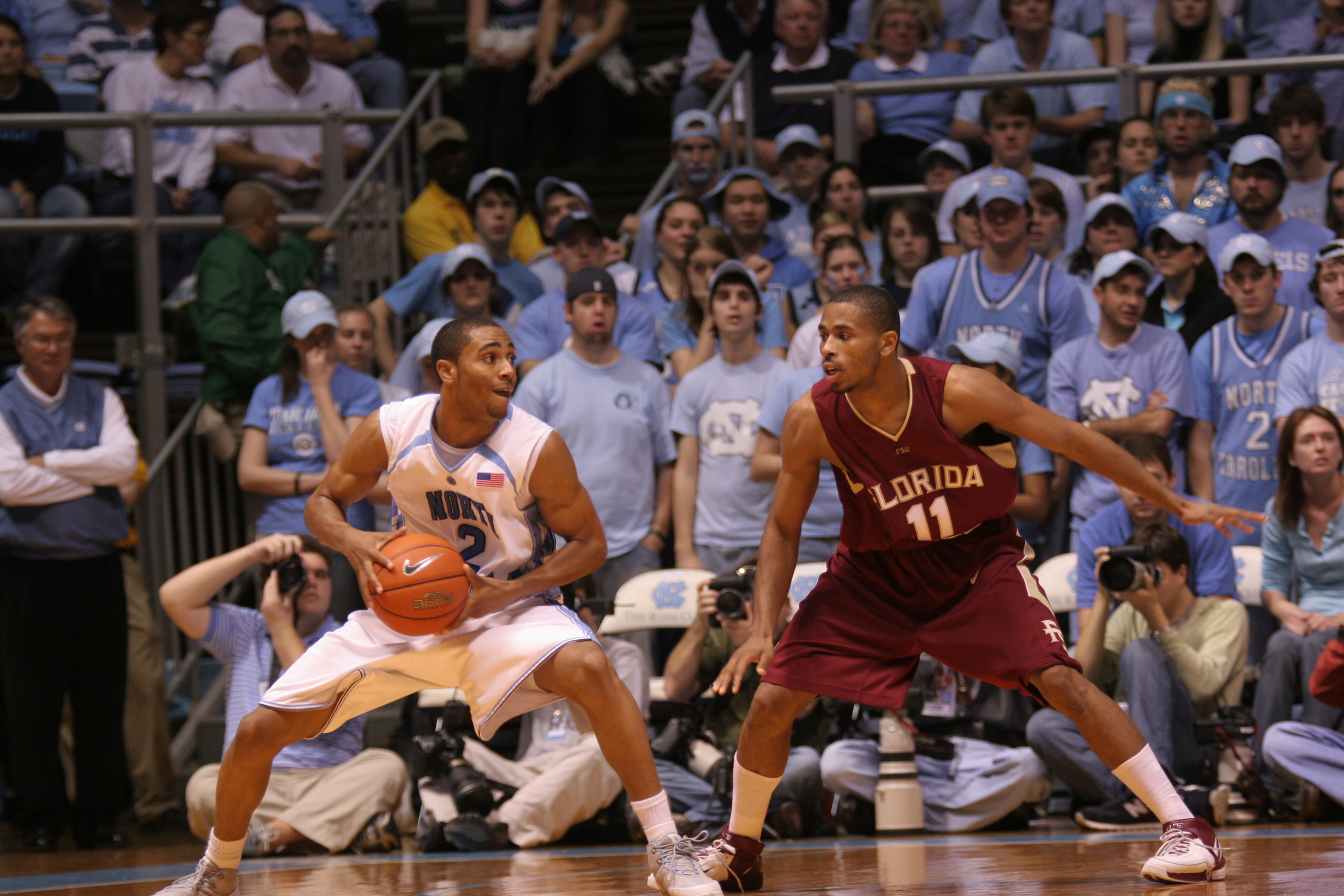 A UNC basketball player attempts to move the ball against Florida State. (credit: Courtesy of Wayne Ellington via Flickr)