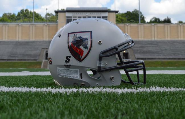 Carnegie Mellon's football team is going into teh 2016-2017 season in high spirits after having a very successful 2015-2016 season, winning their last six regular season games. The team is already beginning to prepare for the upcoming season in the hopes of matching and exceeding last year. (credit: Courtesy of CMU Athletics)