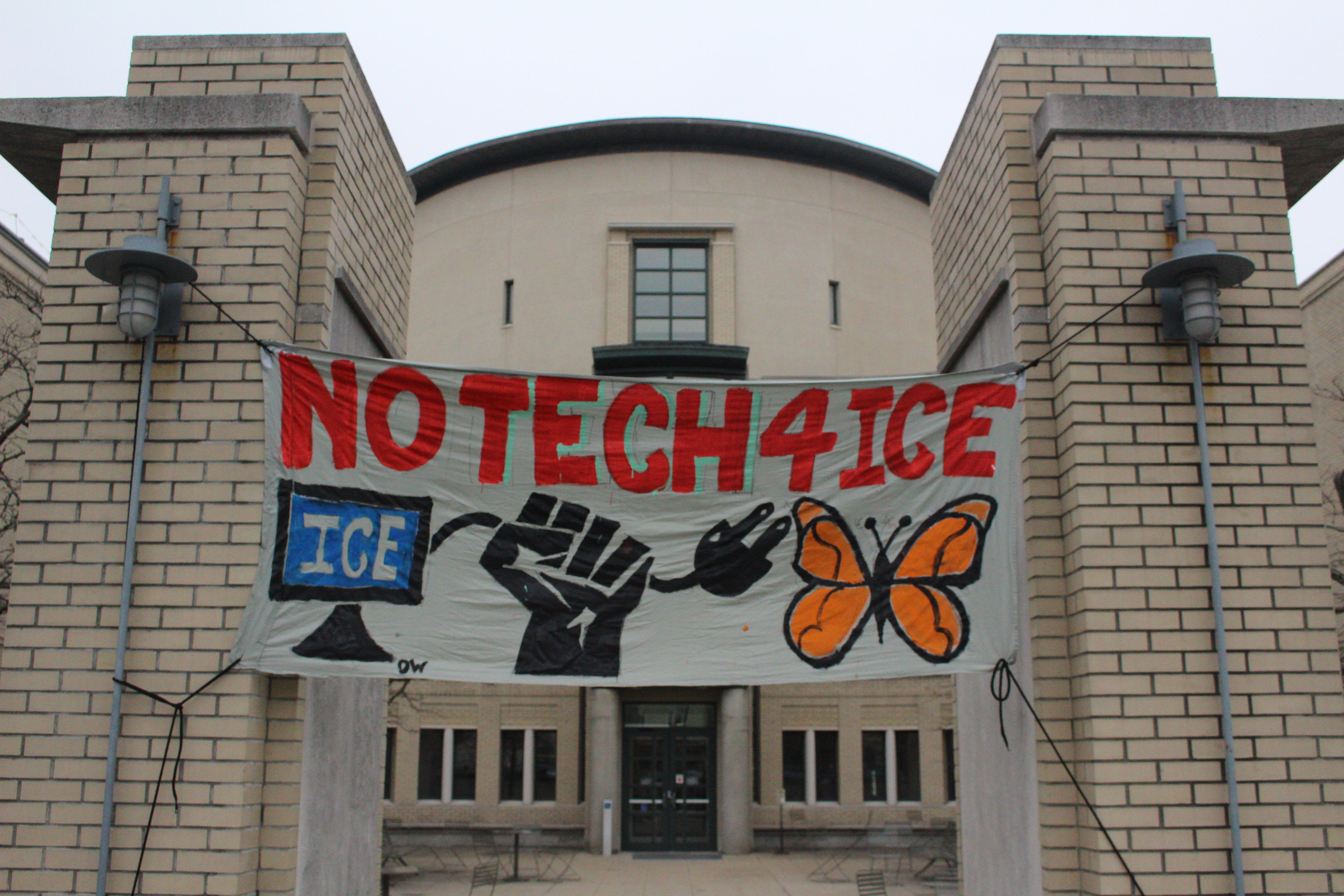 Protesters advocated against Palantir's contracts with ICE, and took issue with Carnegie Mellon's hosting of the California tech company.